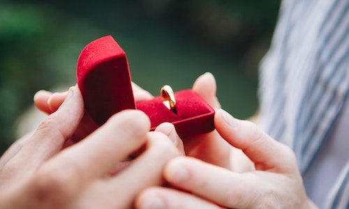 坂上忍 結婚プロポーズに彼女の土肥美緒は「なんで?」子供はほしい!